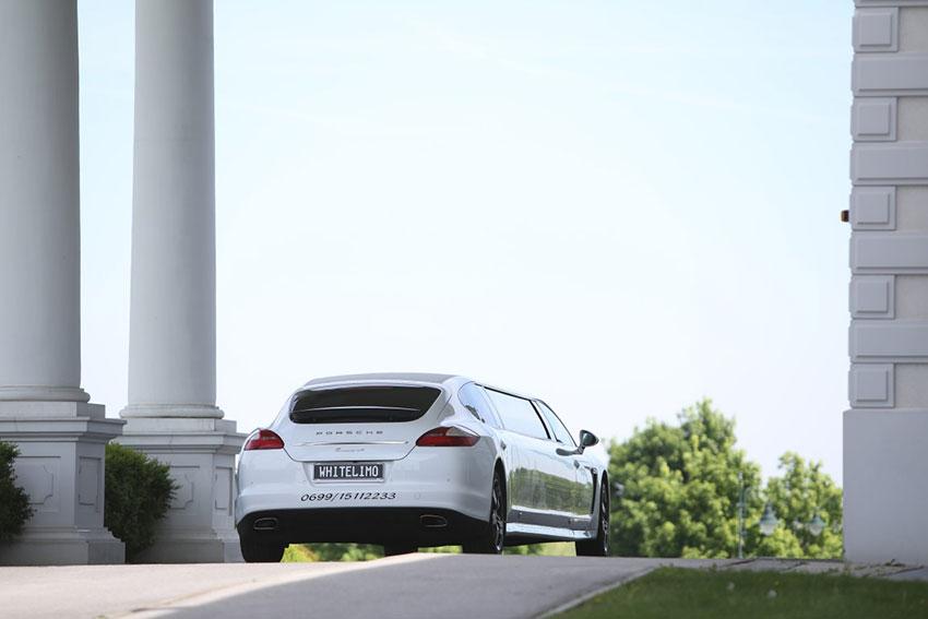 Rückansicht der Porsche Stretchlimousine